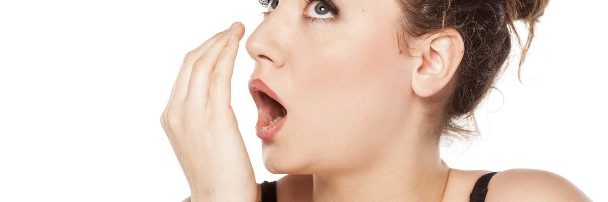 Hoe zelf testen of je uit je mond stinkt