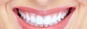 Stralende, natuurlijk witte tanden: tandpasta met baking soda