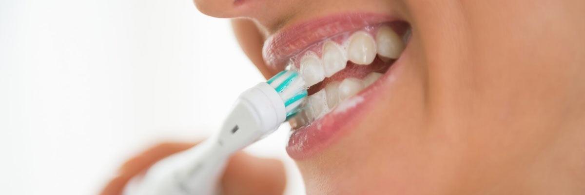 Is een elektrische tandenborstel echt beter dan een handtandenborstel?