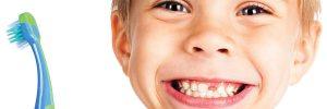 Hoe lang moeten kinderen hun tanden poetsen?