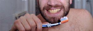 Oorzaken van gekleurde tanden: wat je er wel en niet aan kunt doen!?